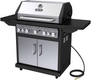 3. Dyna-Glo Black & 5 Burner Natural Gas Grill