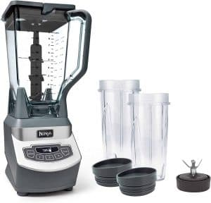 1. Ninja Professional Blender for Frozen Drinks and Smoothies (BL660)